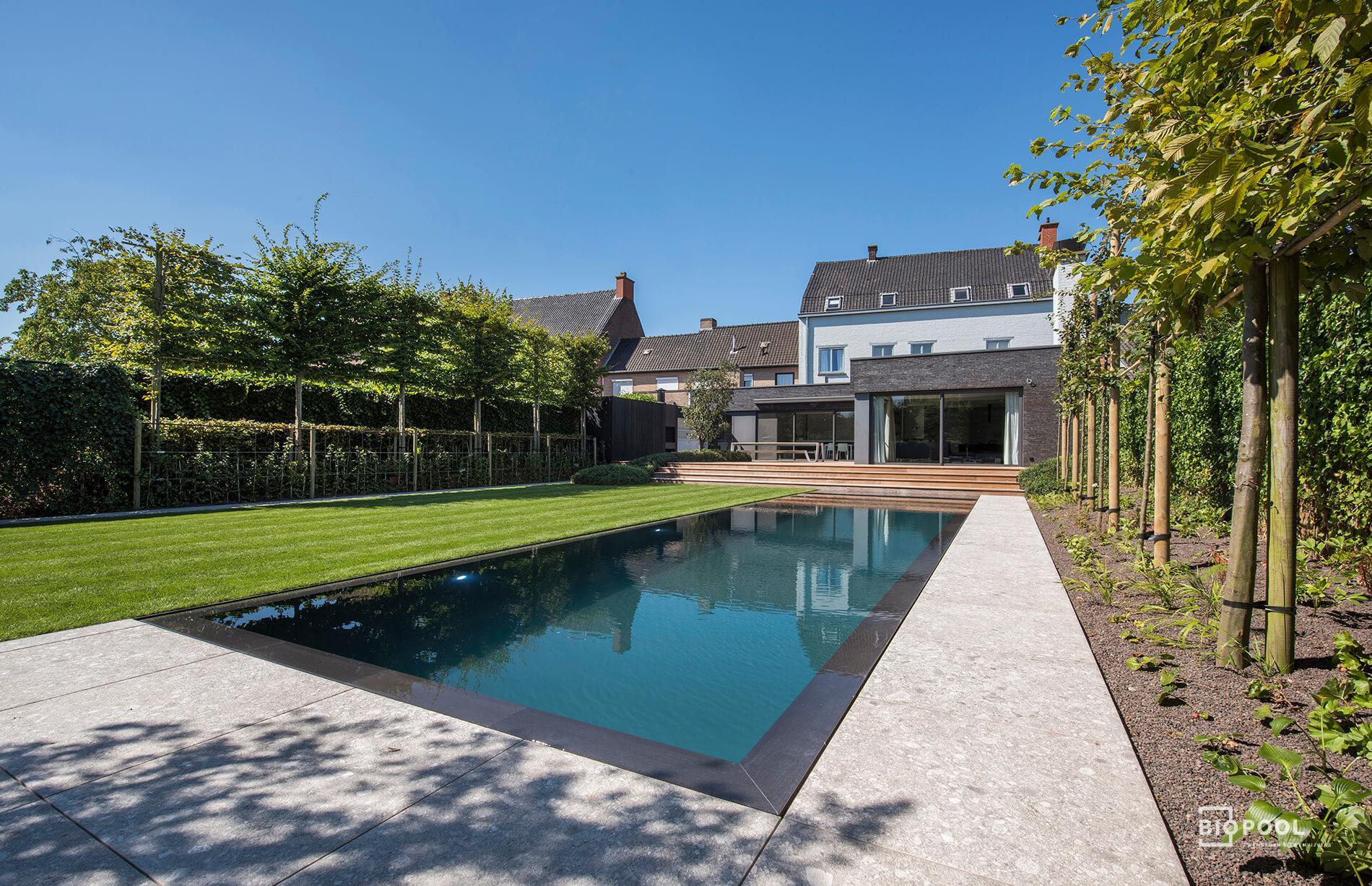 Afbeelding project PPC | Spiegel overloop zwembad | grasrand | Roeselare