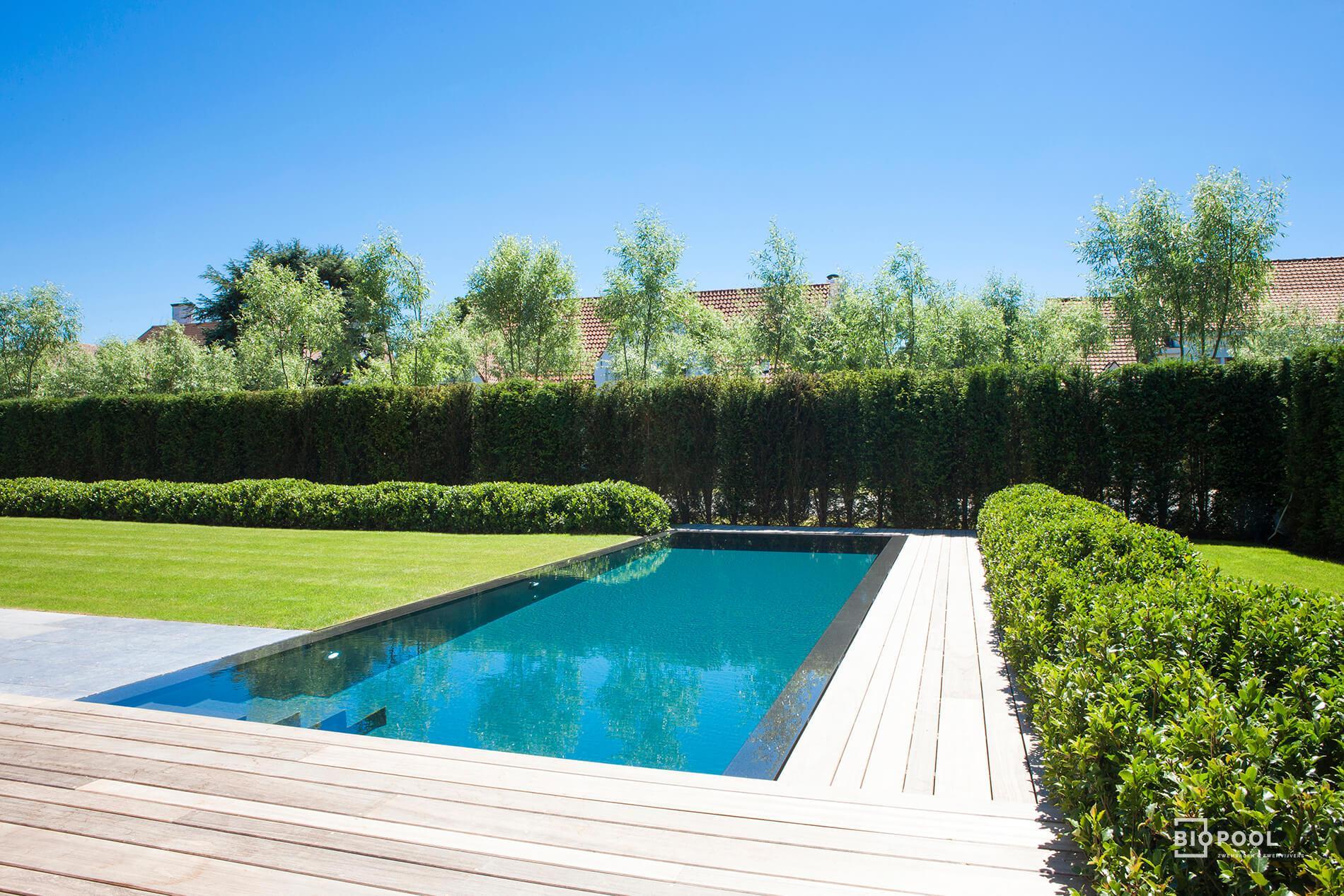 Afbeelding project Overloop buitenzwembad bij nieuwbouw villa