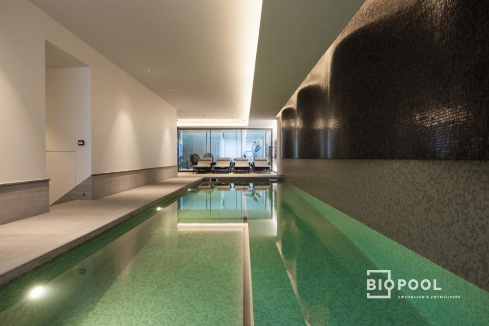 Afbeelding project Binnenzwembad | bouwkundig | high line skimmer zwembad | zicht op zee