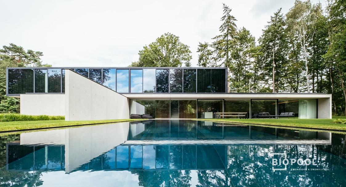 Afbeelding project Bouwkundig overloopzwembad | Govaert & Vanhoutte | XXXL-tegels