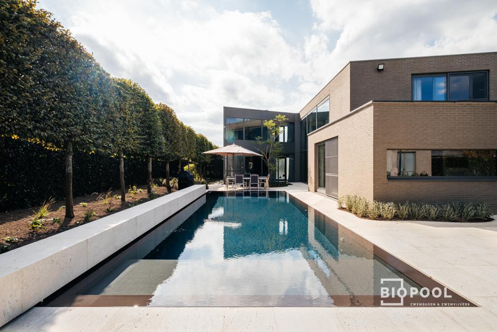 Afbeelding project PPc | overloop – infinityzwembad | maatwerk