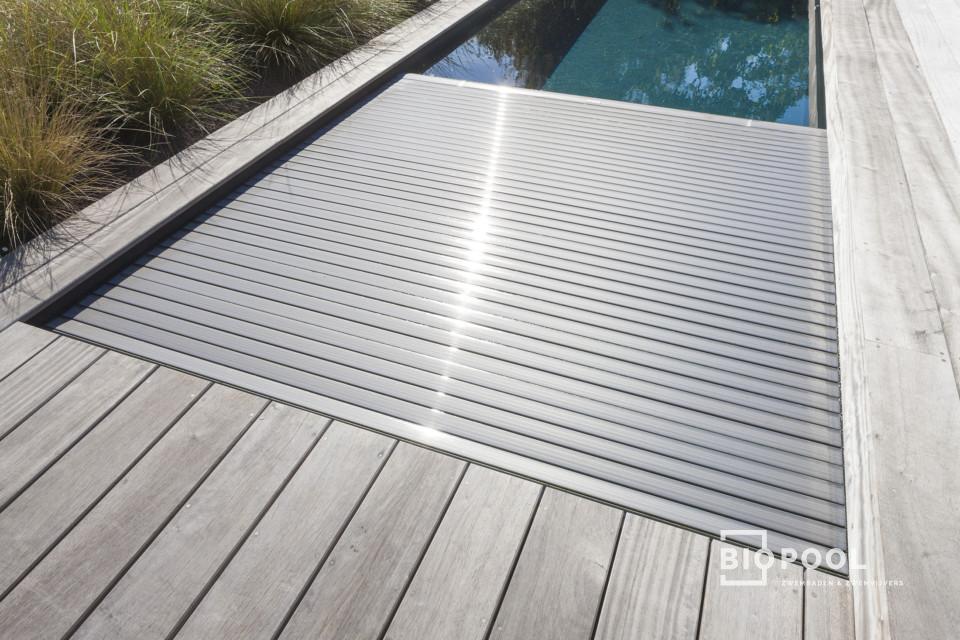 Afbeelding project PPC | antracietkleurige | High Line | skimmer zwembad | houten terras | Oostduinkerke