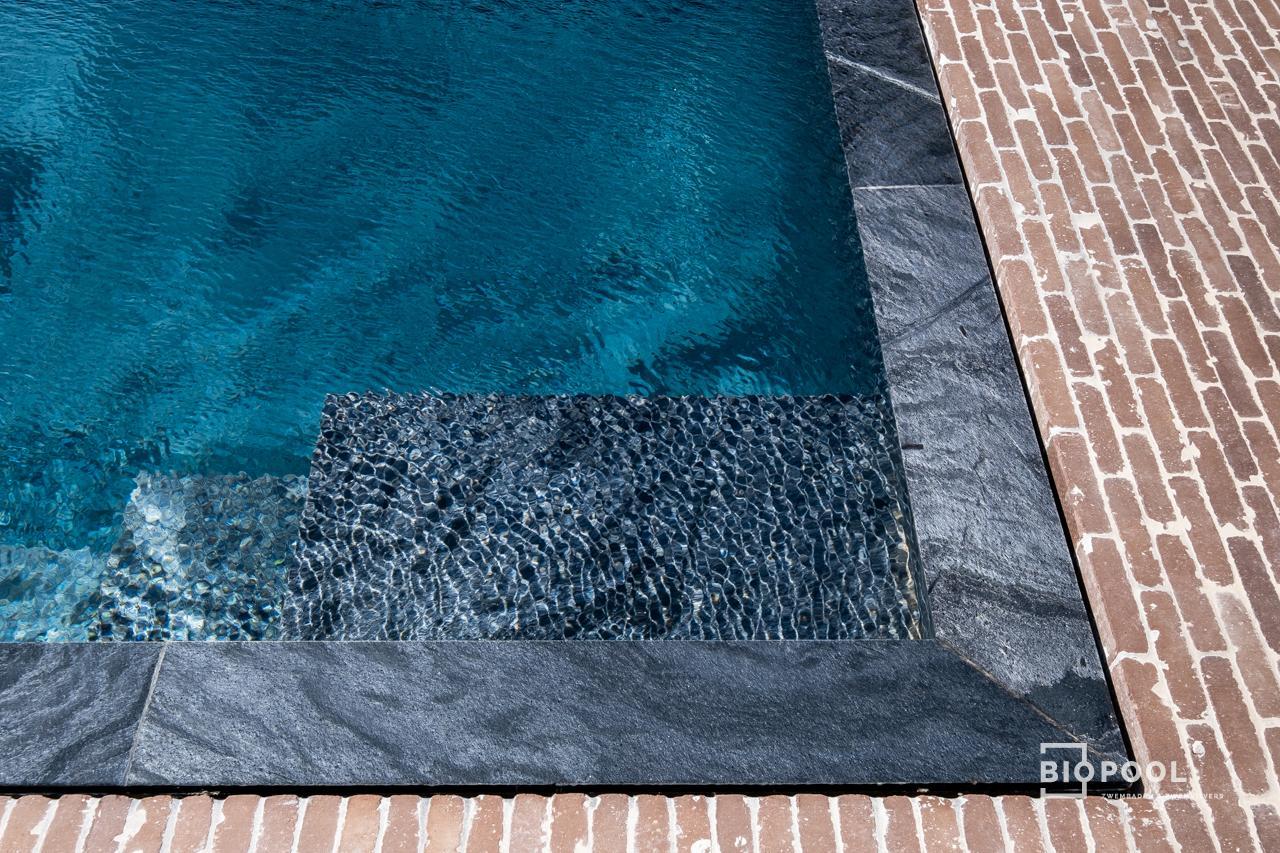 Afbeelding project BOUWKUNDIG OVERLOOPZWEMBAD   SILVERBLACK WAVE