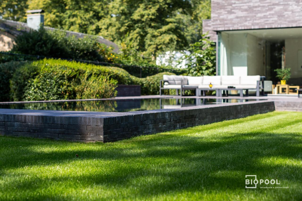 Afbeelding project Bouwkundig overloopzwembad | Silver Black | Verhoogd metselwerk